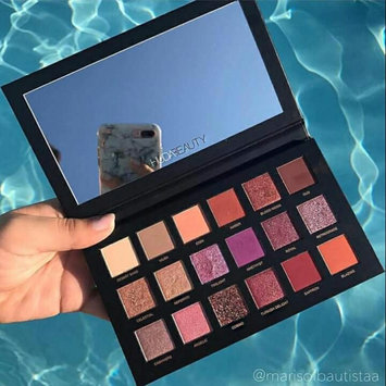 Photo of Huda Beauty Textured Eyeshadows Palette Rose Gold Edition uploaded by Sawsan S.