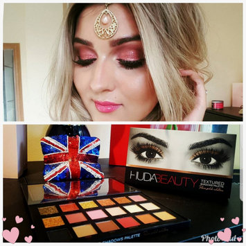 Photo of Huda Beauty Textured Eyeshadows Palette Rose Gold Edition uploaded by Lalita H.