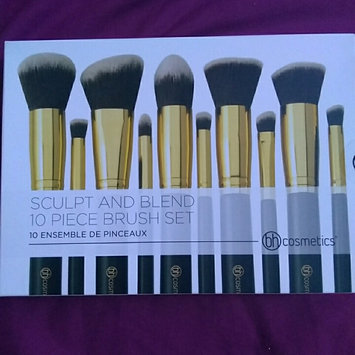 Photo of Sculpt and Blend - 10 Piece Brush Set uploaded by jade S.