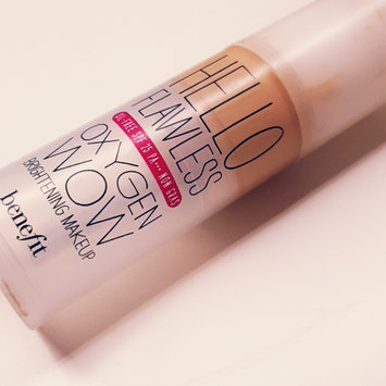 Photo of Benefit Cosmetics Hello Flawless Oxygen Wow! Liquid Foundation uploaded by Ana C.