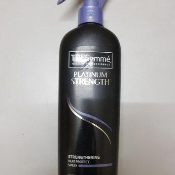 Photo of TRESemmé Platinum Strength Strengthening Heat Protect Spray uploaded by Záarah k.