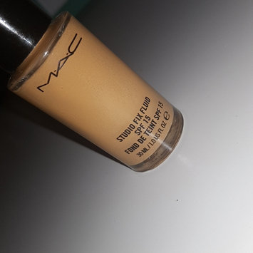 Photo of M.A.C Cosmetic Studio Fix Fluid SPF 15 uploaded by Kethia H.
