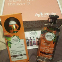 Herbal Essences White Grapefruit & Mosa Mint Foam Conditioner uploaded by Lupita P.