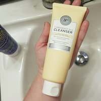 IT Cosmetics Confidence in a Cleanser Skin-Transforming Hydrating Cleansing Serum uploaded by Margareth D.