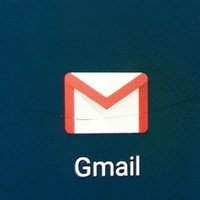 Gmail uploaded by Záarah k.