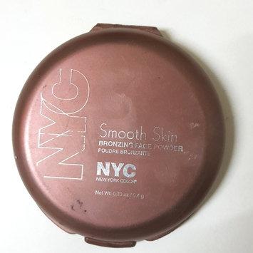 Photo of NYC Smooth Skin Bronzing Face Powder uploaded by Záarah k.