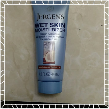 Photo of JERGENS® Wet Skin® Moisturizer with Refreshing Coconut Oil uploaded by Lisa M.