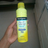 Neutrogena® Beach Defense® Water + Sun Protection Sunscreen Spray Broad Spectrum SPF 70 uploaded by Maciela R.