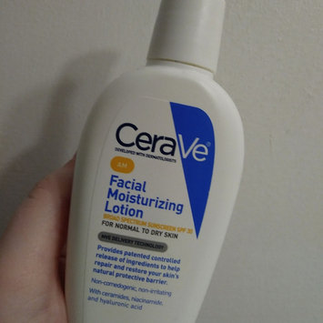 Photo of CeraVe AM Facial Moisturizing Lotion uploaded by Christina T.