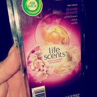 Air Wick® Life Scents™ Summer Delights Multi-Layered Fragrance Wax Melts 3.1 oz. Carded Pack uploaded by Laura V.