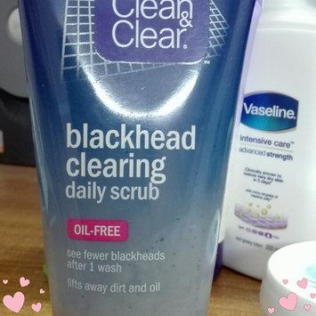Photo of Clean & Clear® Blackhead Eraser™ Scrub uploaded by Ainna_Seeks..👀 M.