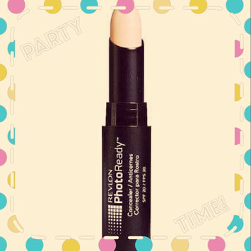 Photo of Revlon Photoready Concealer Makeup uploaded by mero B.