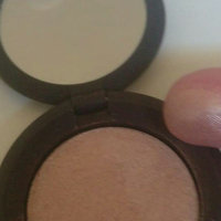 BECCA Shimmering Skin Perfector® Poured Crème Highlighter uploaded by Fleur r.