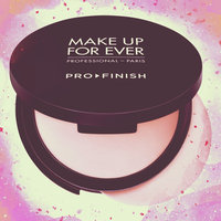 MAKE UP FOR EVER Pro Finish Multi-Use Powder Foundation uploaded by mero B.