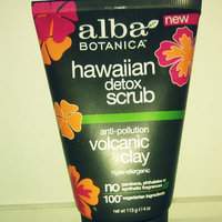 Alba Botanica Hawaiian Detox Frothy Scrub Anti-pollution Volcanic Clay uploaded by Savannah H.