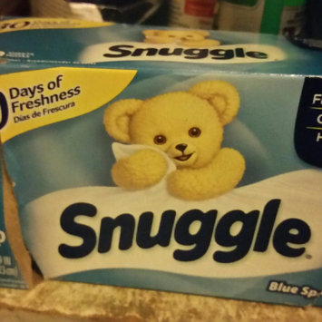 Photo of Snuggle Blue Sparkle Dryer Sheets uploaded by Ramonita R.