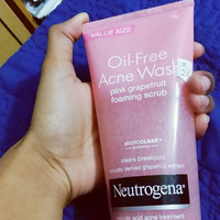 Neutrogena® Oil-Free Acne Wash Pink Grapefruit Foaming Scrub uploaded by Nikki K.
