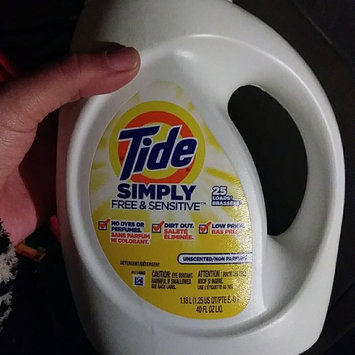 Photo of Tide Simply Free & Sensitive Liquid Laundry Detergent uploaded by crystal j.