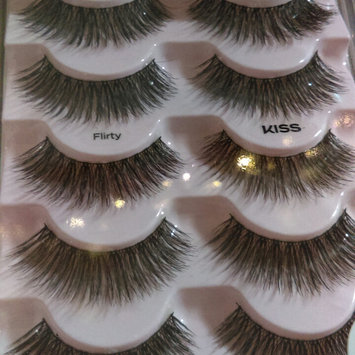 Photo of Kiss Looks So Natural Lashes Flirty uploaded by Corrina Y.