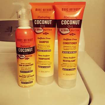 Photo of Marc Anthony True Professional Hydrating Coconut Oil & Shea Butter Conditioner, 8.4 fl oz uploaded by Devan F.