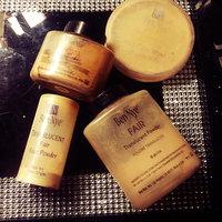Ben Nye Translucent Face Powder Fair Translucent Powder 1.5oz uploaded by Lauren-Elizabeth O.