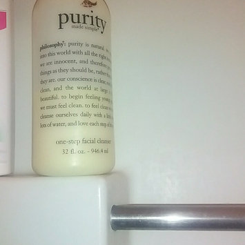 Photo of philosophy purity made simple one-step facial cleanser uploaded by Palmira B.