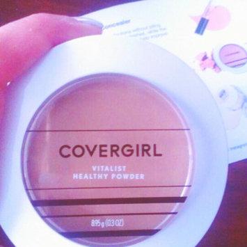 Photo of COVERGIRL Vitalist Healthy Setting Powder uploaded by Adriana C.