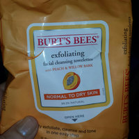 Burt's Bees Facial Cleansing Towelettes Peach & Willowbark Exfoliating uploaded by Shauna G.
