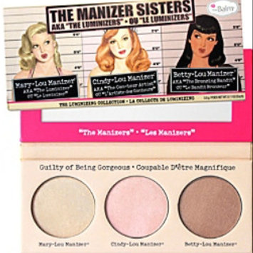 Photo of the Balm - the Manizer Sisters Luminizers Palette uploaded by يسرى الشمري ا.