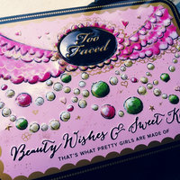 Too Faced Beauty Wishes And Sweet Kisses uploaded by Sheyla J.