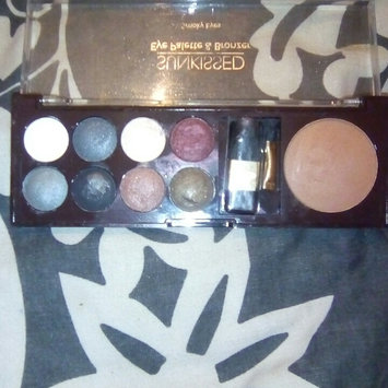 Photo of Sun Kissed 12 Colour Shimmering Eyeshadow Palette uploaded by Raine d.