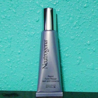 Neutrogena® Rapid Tone Repair Dark Spot Corrector uploaded by Reyna D.