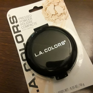 Photo of L.A. Colors Pressed Powder uploaded by Shannon C.