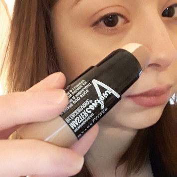 Photo of Maybelline Facestudio® Master Contour V-Shape Duo Stick uploaded by Jennifer T.