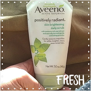 Photo of Aveeno Positively Radiant Skin Brightening Daily Scrub uploaded by Sabrina H.