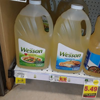 Pure Wesson Vegetable Oil 100% Natural uploaded by Layal L.