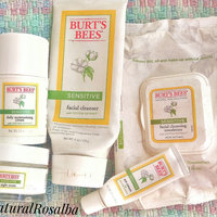 Burt's Bees Sensitive Facial Cleansing Towelettes with Cotton Extract uploaded by Rosalba M.