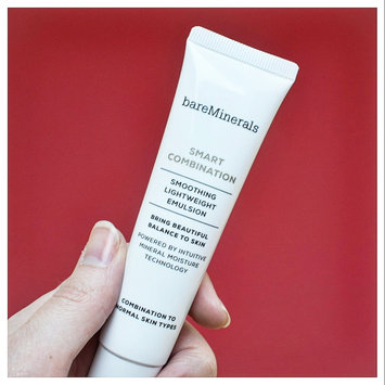 Photo of bareMinerals Smart Combination™ Smoothing Lightweight Emulsion uploaded by Louise B.