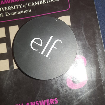 Photo of e.l.f. High Definition Powder uploaded by Záarah k.