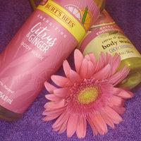 Burt's Bees Extra Energizing Citrus & Ginger Body Wash uploaded by Zaneta O.