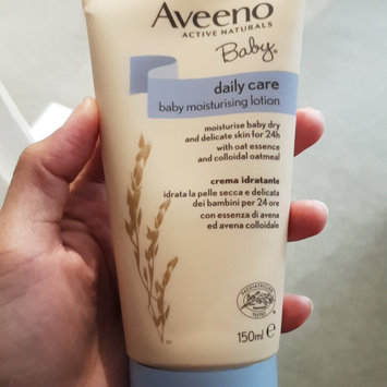 Photo of Aveeno® Daily Moisturizing Body Wash uploaded by Camille A.