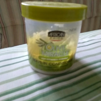 Photo of African Pride Olive Miracle Leave in Conditioner, 15 oz uploaded by Carmen R.