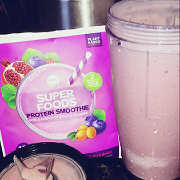 Photo of OLLY Super Foods Smoothie uploaded by Leslie C.
