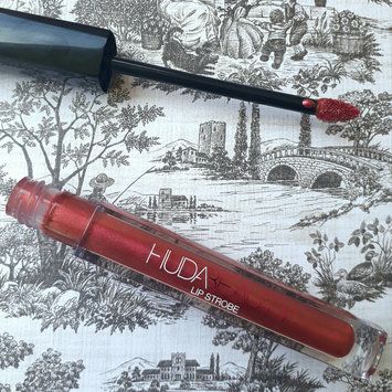 Photo of Huda Beauty Lip Strobe uploaded by Rachel C.