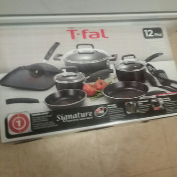 Photo of T-Fal Signature Non-Stick Cookware 12Pc Set uploaded by Jon M.