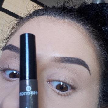 Photo of Essence Make Me Brow Eyebrow Gel Mascara uploaded by Ri♡er L.