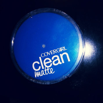 Photo of COVERGIRL Clean Matte Pressed Powder uploaded by Emma R.