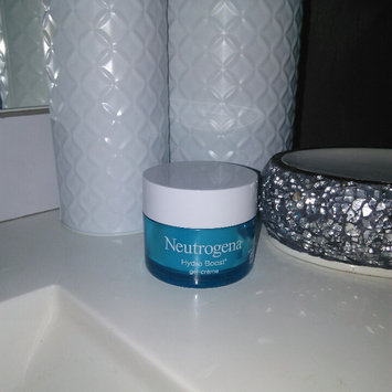 Photo of Neutrogena® Hydro Boost Gel-Cream Extra-Dry Skin uploaded by Mélissa S.