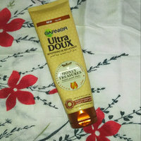 Garnier Whole Blends Avocado Oil & Shea Butter Extracts Nourishing Conditioner uploaded by Shimaa A.