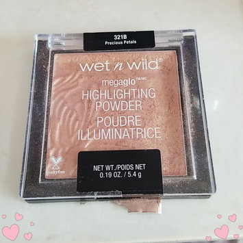 Photo of wet n wild MegaGlo Highlighting Powder uploaded by Angela P.